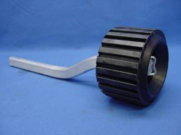 Picture of ROLLER SINGLE ON 15'' BENT ARM