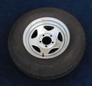Picture of WHEEL/TIRE-ST215/75D14C ON GALVANIZED V-5