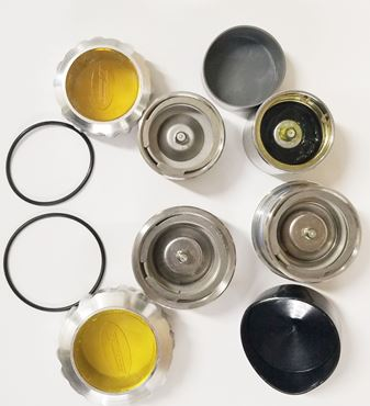 Picture for category Oil & Grease Hub Caps